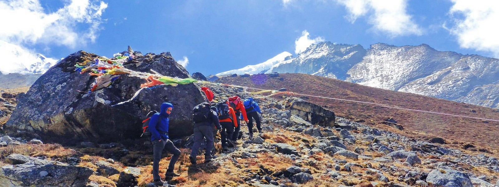 Dzongri Trekking and West Bengal India