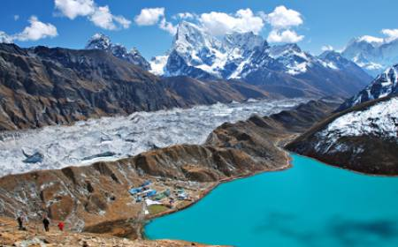 Gokyo Lake Trail Trek